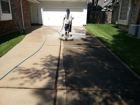 Driveway Cleaning In Dayton Texas