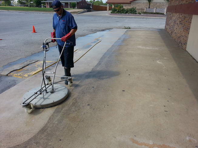 Dayton Concrete Cleaning